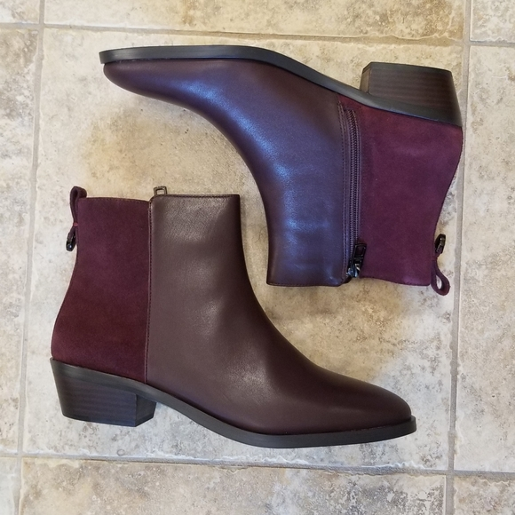 NWT COACH LEATHER BROWN PLUM NEW ANKLE BOO…